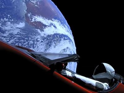 """Tesla no Espaço: este é o """"condutor"""" com a melhor vista de sempre"""