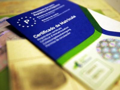 Documento Único Automóvel vai passar a ter formato semelhante ao cartão de cidadão