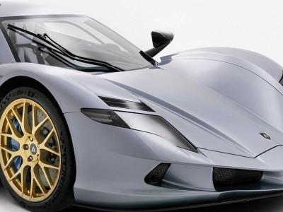 O carro mais rápido do mundo brilhou no Dubai